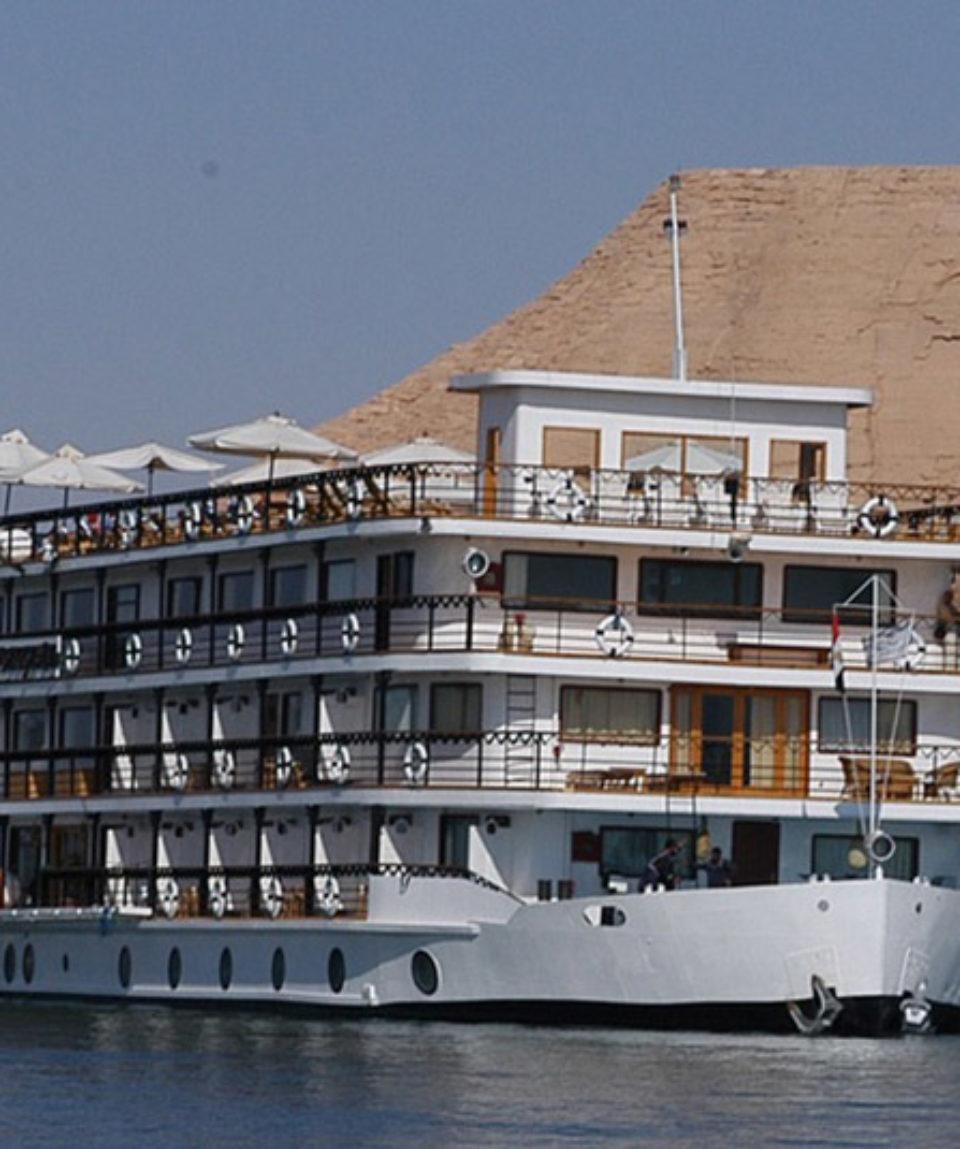 Crucero Lago Nasser Eugenie