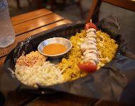 Plato de cordero con arroz