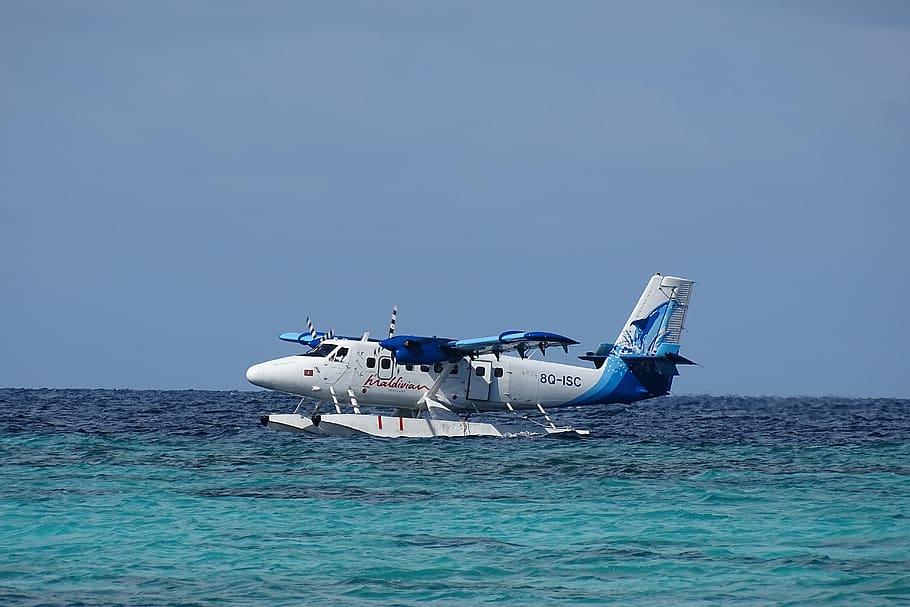 Hidroavión en las Maldivias
