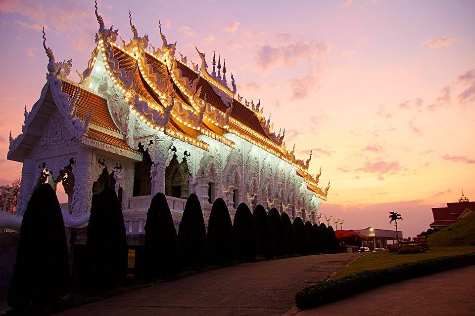 Templo Wat Huai Pla Kung